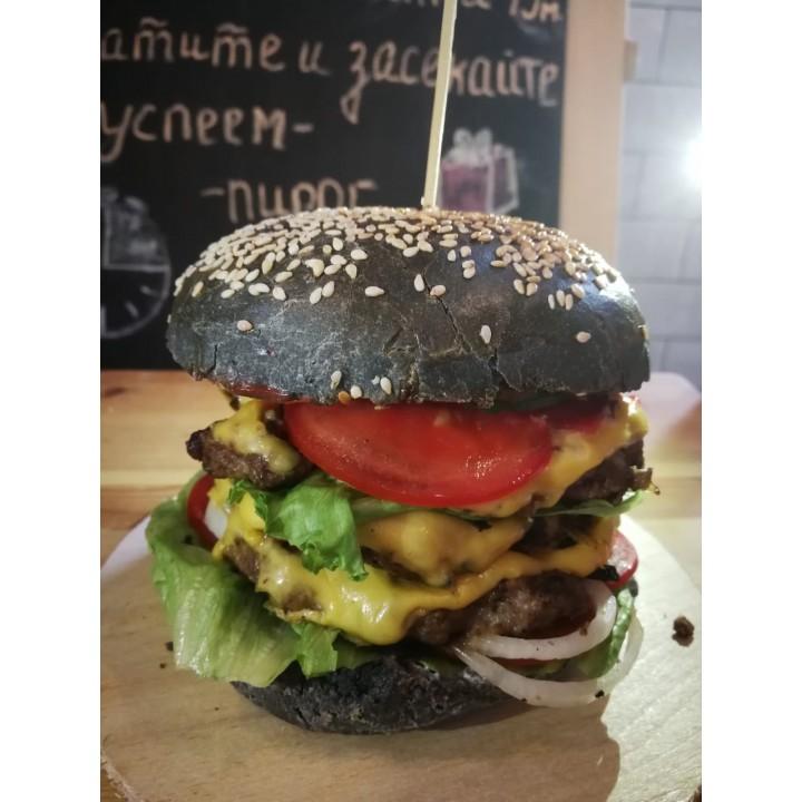 Большой бургер с говядиной
